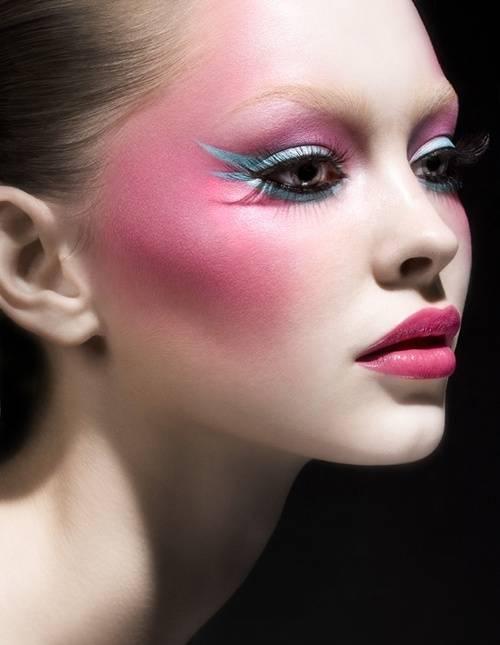 maquillaje-de-fantasia-carnaval-2015-pomulos-rosas