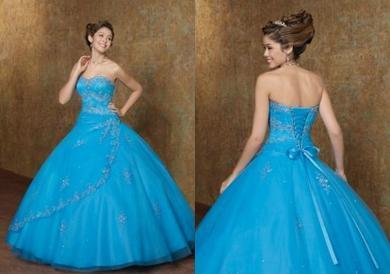 vestido-azul-tul