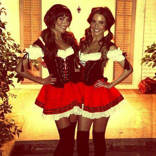 repaso-a-los-disfraces-de-famosas-en-instagram-leah-michele-y-una-amiga-de-sexy-alemana