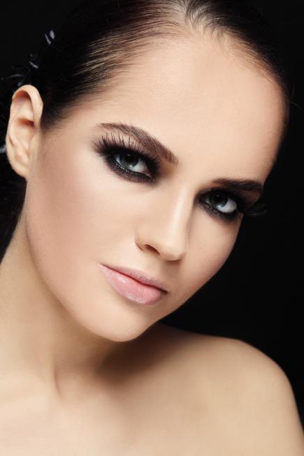 maquillaje-para-navidad-2015-TIPS-brillo-de-labios-o-gloss