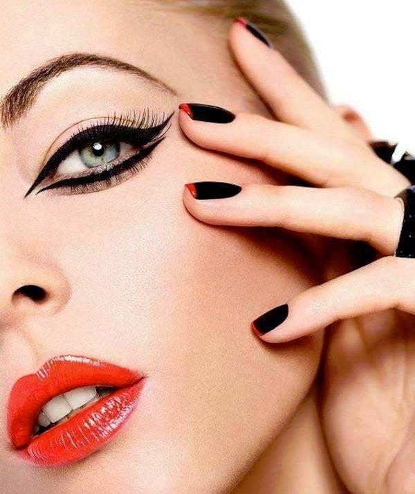 maquillaje-para-navidad-2015-maquillaje-de-ojos-delineados