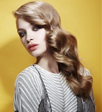 los-mejores-cortes-de-cabello-y-peinados-para-mujer-otono-invierno-2014-2015-pelo-largo-peinado-de-lado-estilo-glamour