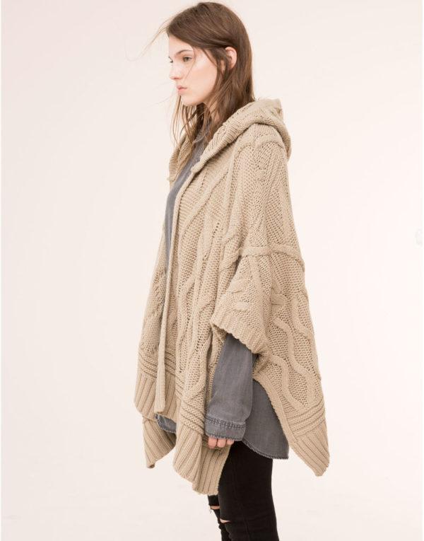 catalogo-pull-and-bear-2016-tendencias-moda-mujer-capas