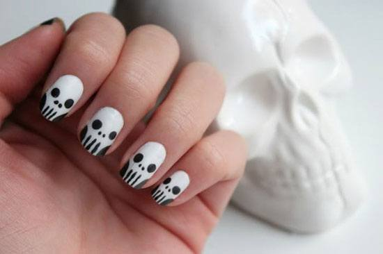 decoracion-de-unas-halloween-2015-colores-blanco-y-negro-calaveras