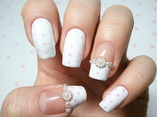 decoracion-de-unas-para-novias-topos-rosa