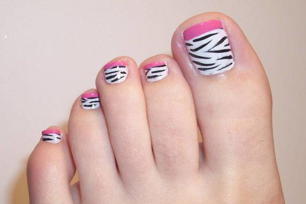 unas-decoradas-para-pies-foot-nails-uñas-cebra-rosa