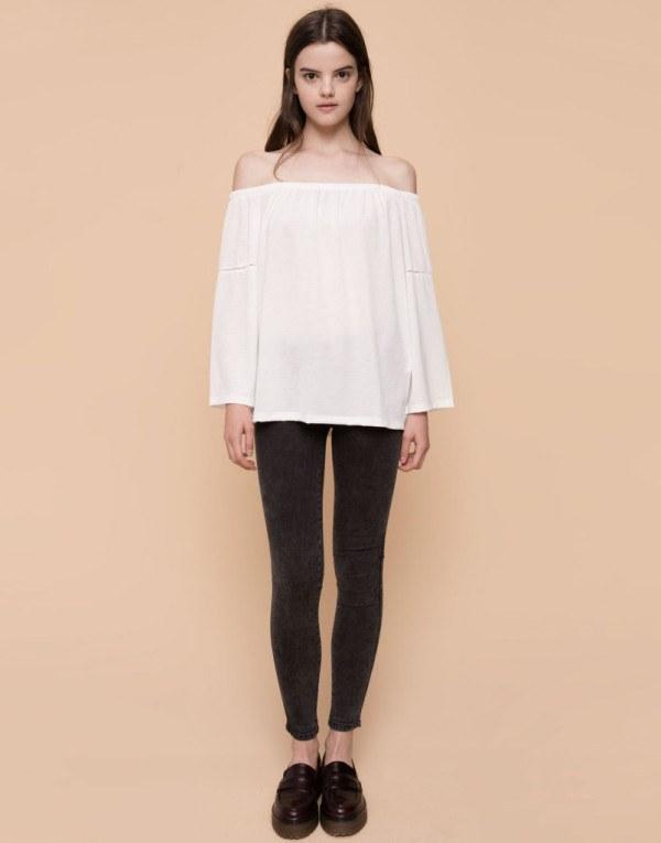 moda-otono-invierno-para-mujer-camisetas-y-camisas-CAMISETAS-estilo-retro-de-pull-and-bear