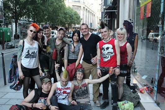 moda-de-los-anos-80-tribus-urbanas-punk-2
