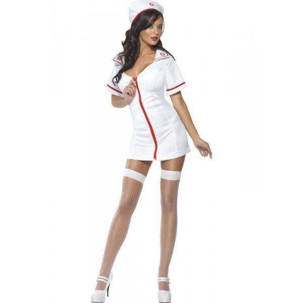 Disguises-homemade-for-carnival-2016-disfraz-de-enfermera