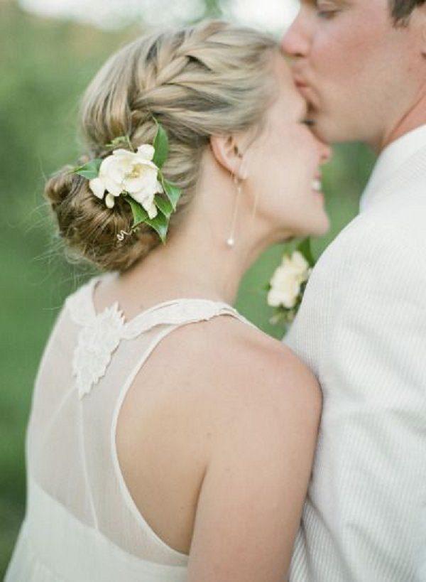 los-mejores-cortes-de-cabello-y-peinados-para-mujer-primavera-verano-pelo-largo-recogido-para-bodas