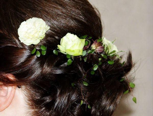 tocados-de-novia-con-flores-pixabay