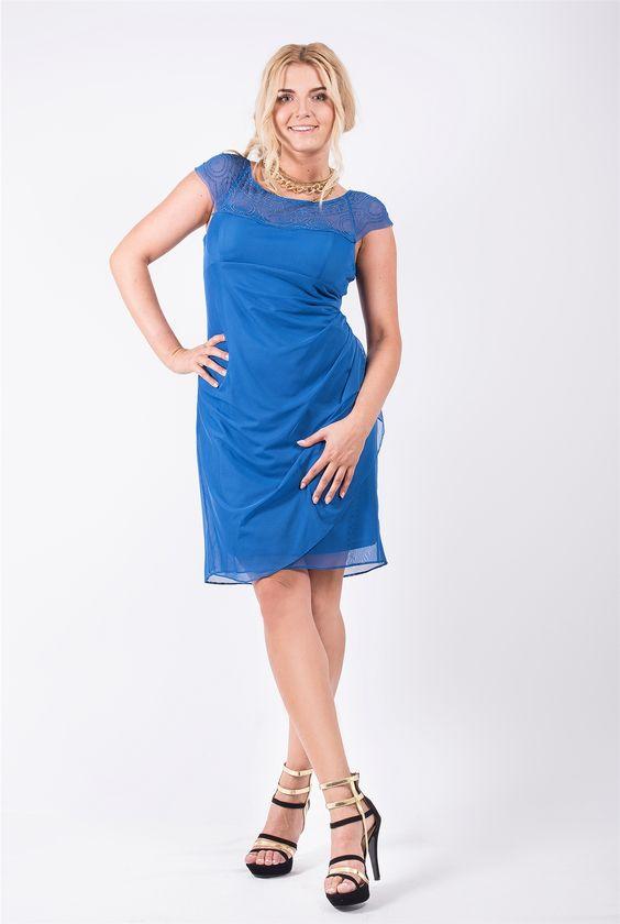 vestidos-de-noche-para-gorditas-cortos-azul-con-encaje