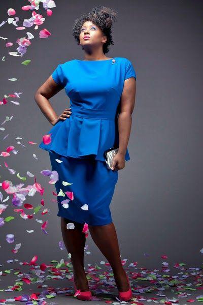 vestidos-de-noche-para-gorditas-cortos-azul-electrico