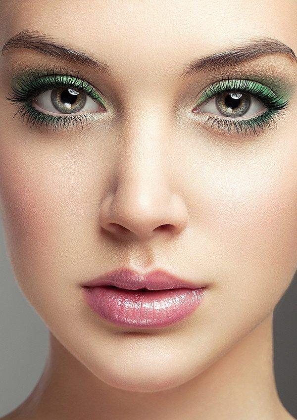como-maquillar-ojos-pequenos-cejas