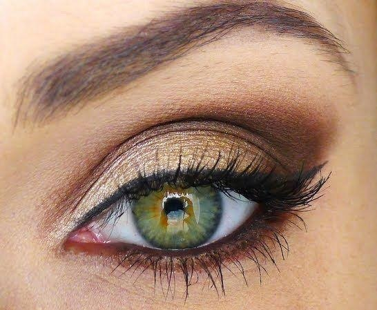 como-maquillar-ojos-verdes-utiliza-tonos-cobre