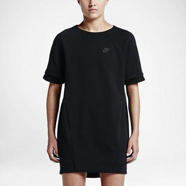 catalogo-ropa-deportiva-para-mujer-nike-otono-invierno-2016-2017-vestido-camiseta