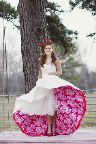 vestidos-de-novia-diferentes-bajo-la-falda