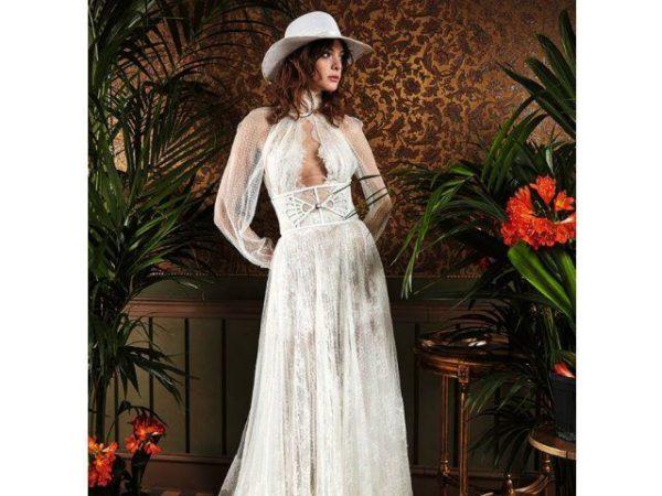 vestidos-de-novia-hippies-manga-larga-con-lunares