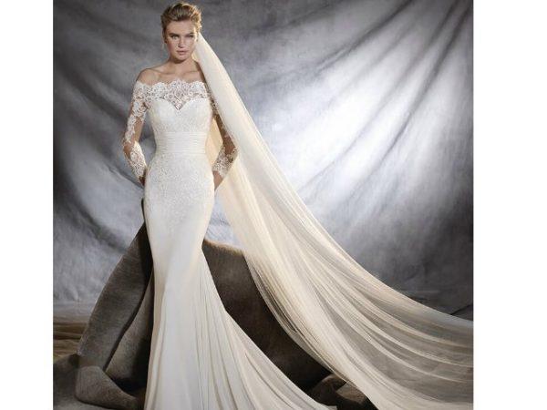 vestidos-de-novia-manga-larga-cuello-barco