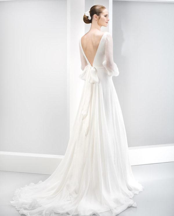 vestidos-de-novia-manga-larga-espalda-v-vaporoso