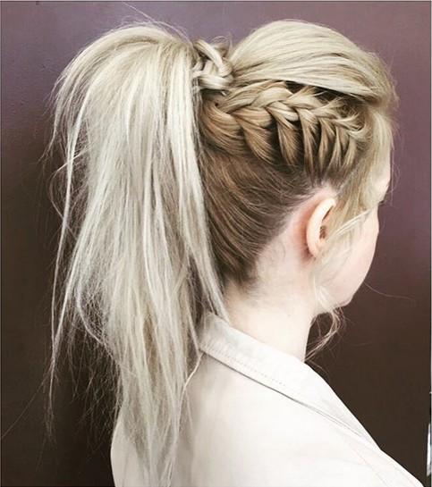 peinados-con-trenzas-coleta-alta-trenza-lateral