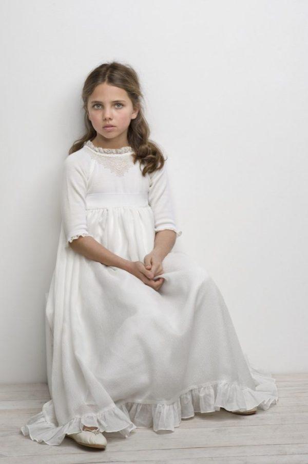 vestidos-de-comunion-ibicencos-labube-punto-b