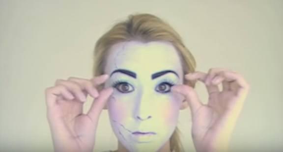 maquillaje-halloween-muneca-paso-7-pestañas-falsas
