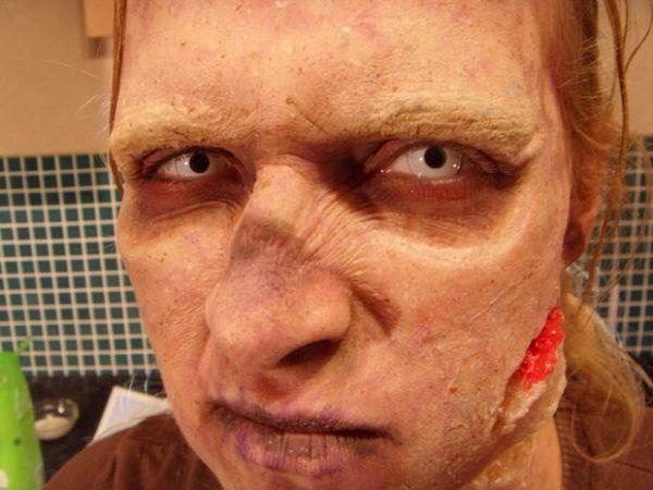 maquillaje-halloween-zombie-paso-a-paso-maquillaje-detalles-cerca
