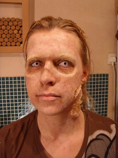 maquillaje-halloween-zombie-paso-a-paso-maquillaje-romper