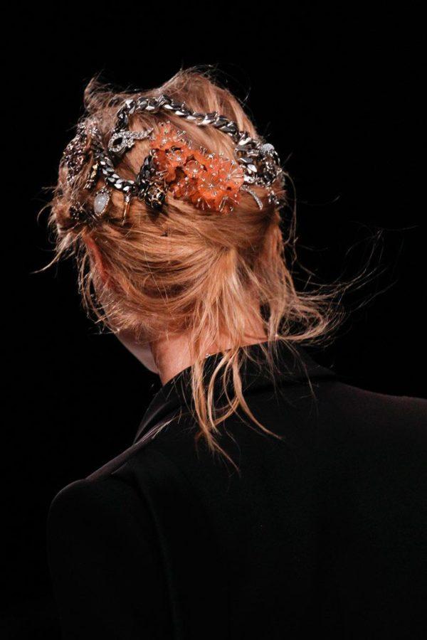 peinados-de-fiesta-201-2017-tendencias-recogidos-joyas