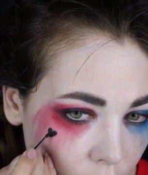 maquillaje-harley-quinn-escuadron-suicida-suicide-squad-halloween-corazon