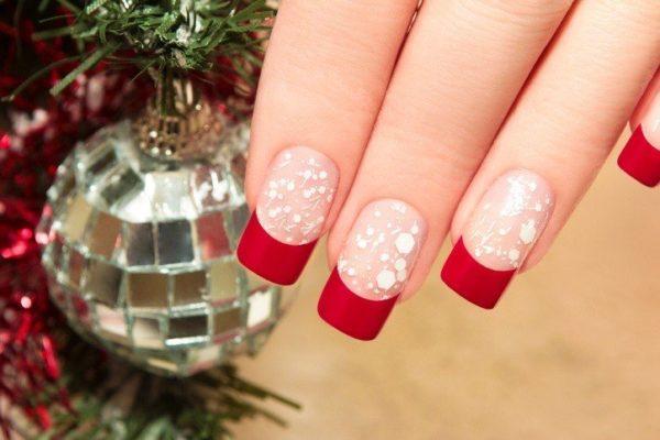 Unas navidenas elegantes rojas y transparentes