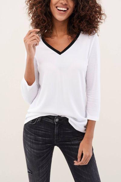 catalogo-salsa-para-mujer-camiseta-manga-larga-encaje-escote