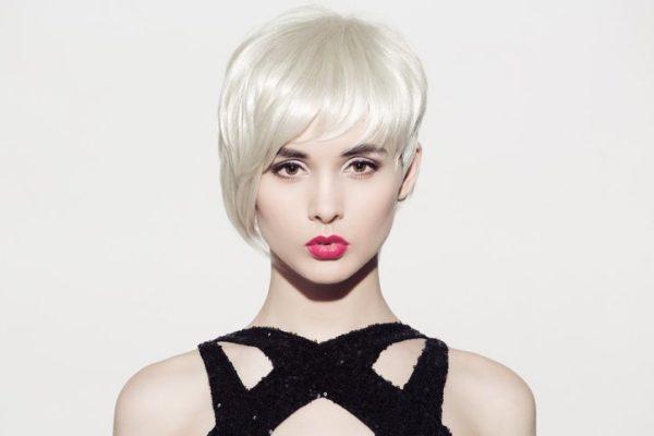 Peinados modernos mujer peinado corto asimetrico flequillo