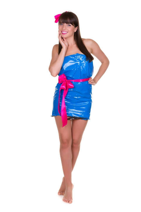 Ventajas de hacer vestido con materiales reciclados
