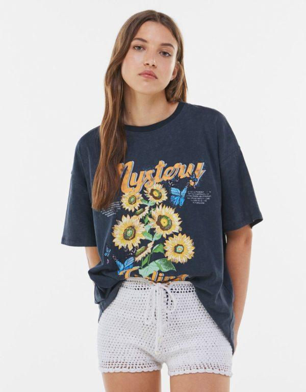 Catalogo bershka primavera verano 2021 camiseta flores
