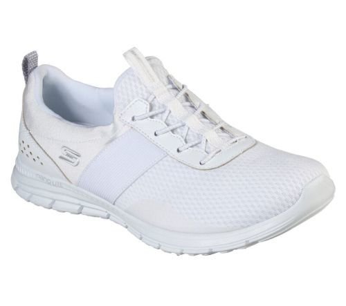 Deportiva Luminate Forever After Skechers