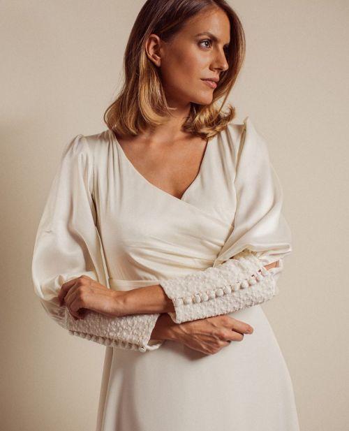 vestidos-de-novia-sencillos-instagram-raquel-lopez-telier