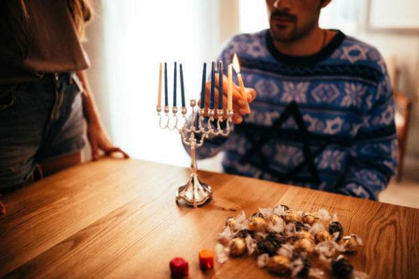 5 regalos de hanukkah perfectos para toda familia