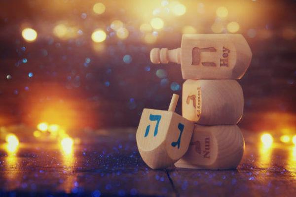 5 regalos de hanukkah perfectos toda la familia