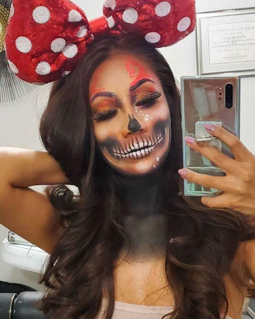 Maquillaje de calavera selfie