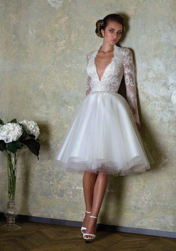 Vestido boda civil estilo escote V