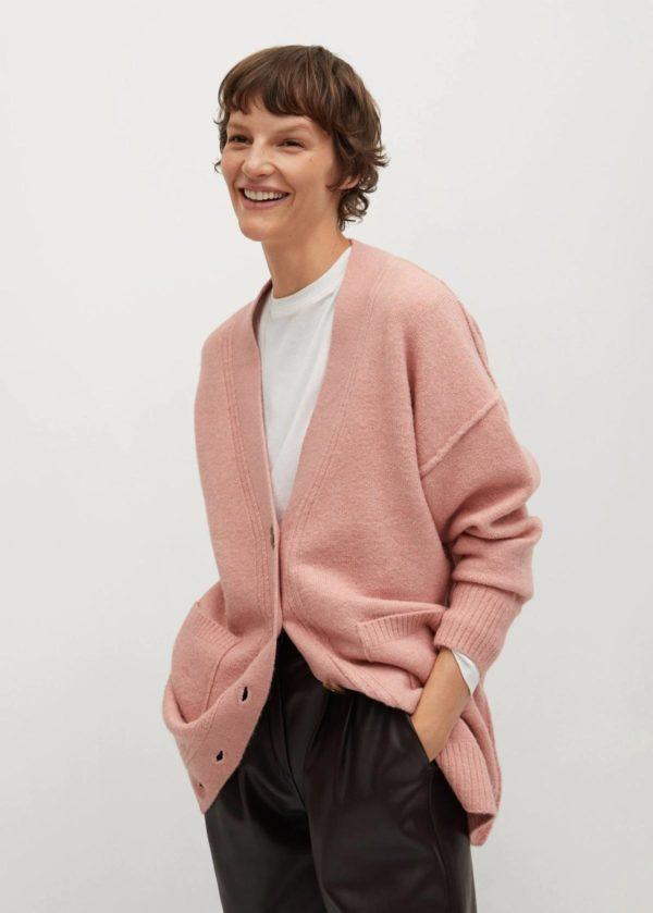 Rebajas MANGO invierno 2021 cardigan rosa