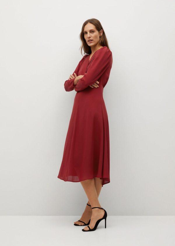 Rebajas MANGO invierno 2021 vestido rojo plisado