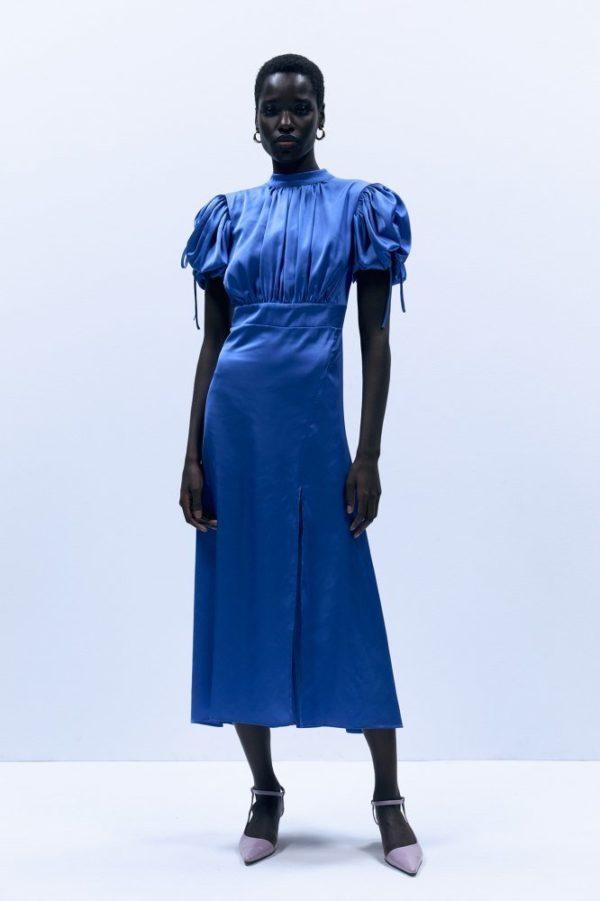 Catalogo REBAJAS SFERA primavera verano 2021 vestido largo azul fruncidos