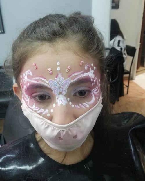 Maquillaje de niña de fantasía