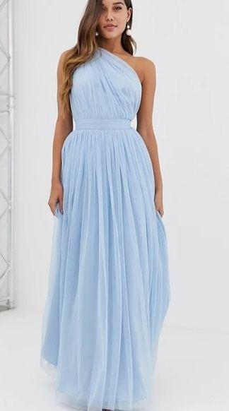 Vestido de dama de honor azul asimétrico