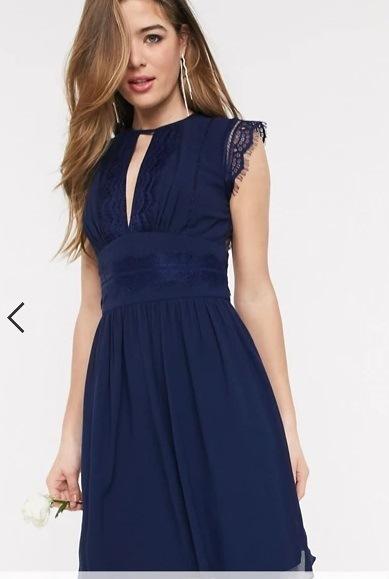 Vestido de dama de honor corto, azul marino, Asos