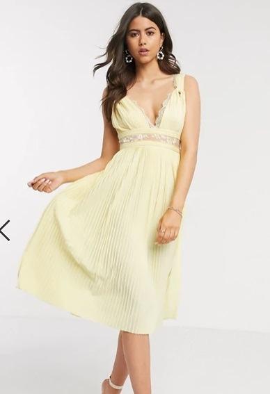 Vestido de dama de honor midi color limón