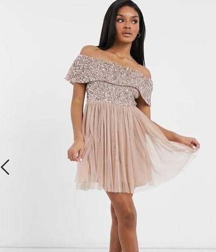 Vestido de dama de honor rosa topo